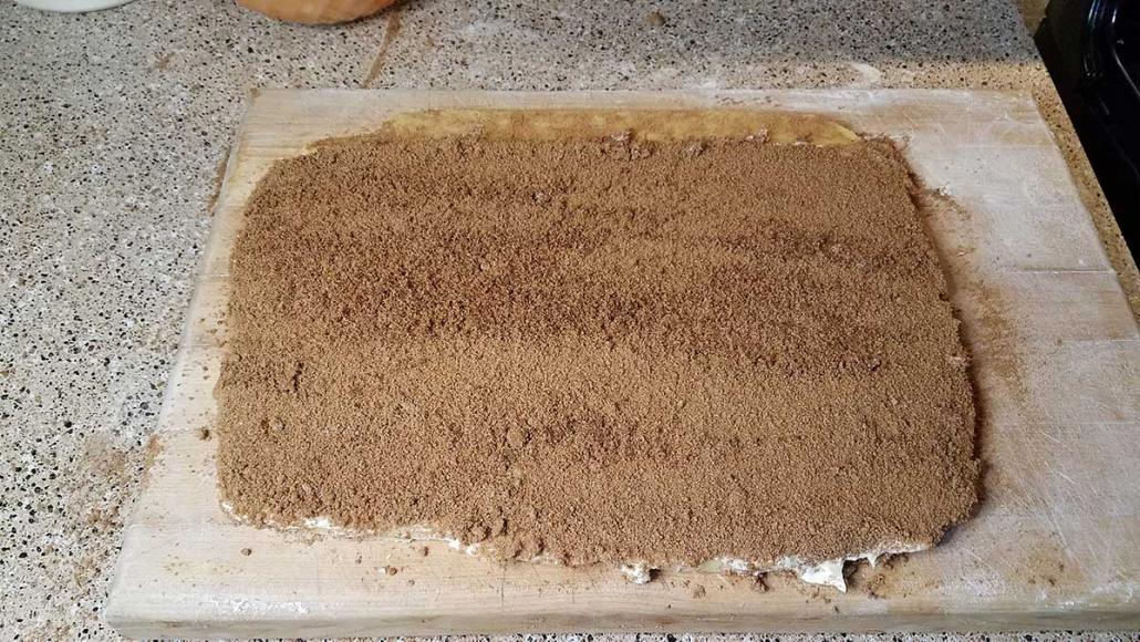 Cinnamon roll filling